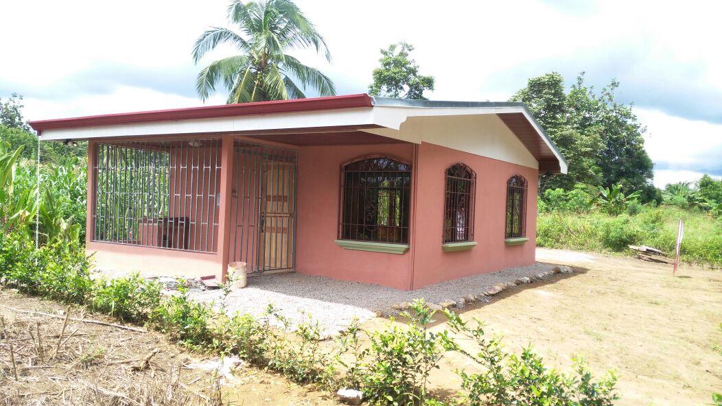 Casa de bono constructora b y b for Constructora casa